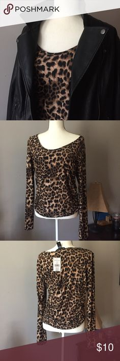 Fashion to Figure leopard Print Ruched Top Fashion to Figure Ruched sides top in leopard. Very figure flattering. Long sleeves scoop neck. Lots of stretch. A perfect touch of trendy leopard! Jacket is available separately in my closet. *reposhed due to size* Fashion to Figure Tops Blouses