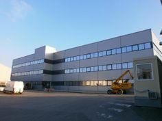 #Construction #clé en mains, siège social de 9000 m². Une réalisation de Legoupil Industrie.