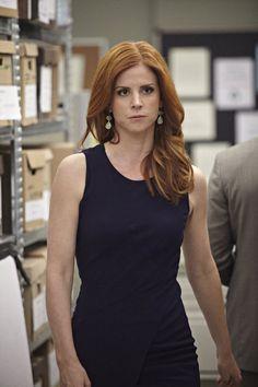 Suits Tv Series, Suits Tv Shows, Sarah Rafferty, Donna Suits, Donna Paulsen, Sarah Gray, Suits Season, Ginger Girls, Elegantes Outfit