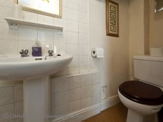 Bathroom - Wall-mounted ,shower ,Sink ,Toilet,Hair, dryer ,Towels provided Furnished Apartments, Bloomsbury, Bathroom Wall, Hair Dryer, Hotel Offers, Towels, Sink, London, Shower