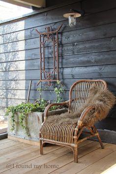 New Ideas for exterior garden front porches outdoor living Outdoor Lounge, Outdoor Rooms, Outdoor Gardens, Outdoor Living, Outdoor Decor, Deck Seating, Pergola, Ideas Hogar, Garden Deco
