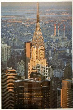 the chrysler building from empire state building may 1983