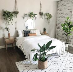 modern and minimalist bedroom design ideas in 2020 18 Room Ideas Bedroom, Diy Bedroom, Bedroom Inspo, Master Bedroom, Bedroom Furniture, Bedroom Inspiration, Bright Bedroom Ideas, Square Bedroom Ideas, Lighting Ideas Bedroom