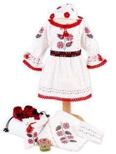 Costume si #trusouri Botez Fete Floral Tops, Costumes, Traditional, Women, Fashion, Embroidery, Moda, Top Flowers, Dress Up Clothes