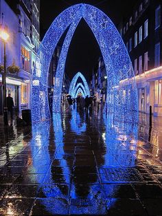Christmas lights at Bond Street in London via flickr
