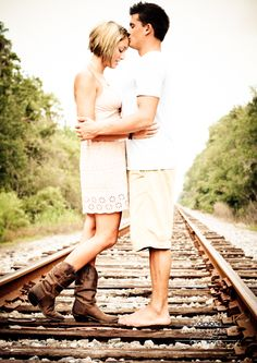 Railroad Engagement Photography This is neat but odd for the guy to wear no shoes and the lady has shoes/boots on. Couple Picture Poses, Cute Couple Pictures, Couple Posing, Posing Couples, Couple Photos, Family Pictures, Engagement Photo Poses, Engagement Couple, Engagement Pictures