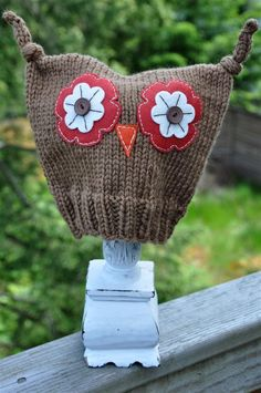 owl hat. I wonder if you could make this out of an old sweater....