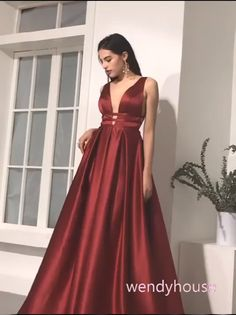 Elegant Wine Red Long Prom Dress - Burgundy Long Prom Dresses Formal Evening Dresses, 2020 Burgundy Prom Dresses Source by satinseidentuchfetisch - Formal Evening Dresses, Elegant Dresses, Pretty Dresses, Red Formal Dresses Long, Sexy Dresses, Burgundy Formal Dress, Grad Dresses Short, Lace Dresses, Summer Dresses