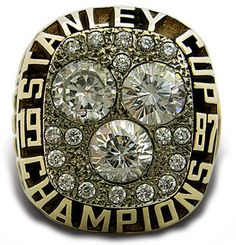 Rings That Bling - Oilers 1987 Stanley Cup Ring Stanley Cup Rings, Ice Hockey Teams, Ice Castles, Grilling Gifts, Nhl Players, Championship Rings, Edmonton Oilers, National Hockey League, Gifts For Friends