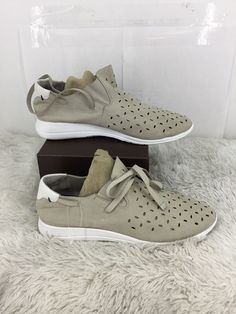 new style 709e5 01e32 T TAHARI Womens Freeport Sneaker Size 7.5M  fashion  clothing  shoes   accessories  womensshoes  athleticshoes (ebay link)