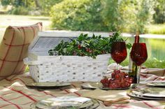 Who says a picnic needs to be in the summer time? Use our chippy, white picnic basket along with our collection of melamine, Christmas plates, to create a beautiful setting for an outdoor meal. Make sure to include our comfy blanket and throw pillow when packing your picnic basket!