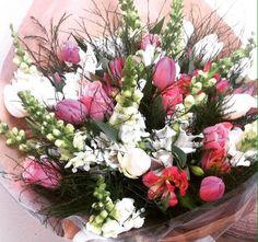 Buque de Flores Mistas com Rosas p Flores em Joao Pessoa #PollenDreams #Pollen #SãoPaulo #Brasil #Felicidade #Carinho #Amor #Casamento #Flores #Rosas
