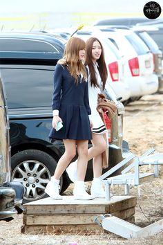 APink HaYoung and NaEun
