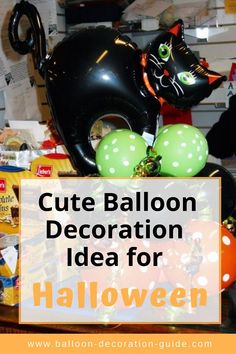Cute idea for your DIY Halloween decorations. No helium necessary. Click the image for instructions (including a video). Balloon Centerpieces Wedding, Masquerade Centerpieces, Balloon Decorations, Wedding Place Settings, Wedding Place Cards, Balloon Bouquet, Balloon Arch, Halloween Balloons, Diy Halloween Decorations