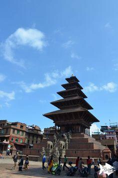 The amazing #Nyatapola Temple is still standing in #Taumadhi_Square #Bhaktapur #Nepal