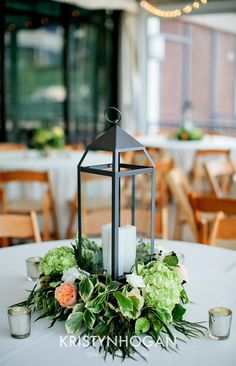 Enchanted Florist, Downtown Nashville Wedding, Kristyn Hogan Photography. #exploreinfinitenashville | Wedding Ideas | Event Space | Event Planner | Event Planning Business | Event Decor