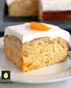 Mandarin Cake. This is a delicious soft and moist cake with juicy mandarins running throughout . #cake #mandarin #easyrecipe