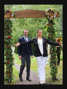 """© Action Press,Action Press  23. August 2012: Prinzessin Victoria und Prinz Daniel weihen den """"Kronprinsessan Victoria och Prins Daniels""""-Liebespfad, ein"""