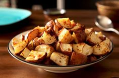 Potatoes POUPON – Red potato chunks are tossed in a mixture of Dijon mustard, Italian seasoning, olive oil, and garlic, then roasted for an easy and delicious side dish recipe! Potato Side Dishes, Vegetable Side Dishes, Vegetable Recipes, Potato Recipes, Grey Poupon Recipe, Cooking Red Potatoes, Oven Potatoes, Side Dish Recipes, Dinner Recipes