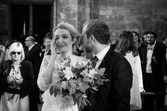 Essayez ! Wedding Photography Inspiration, Just Married, Weeding, Photos, Crown, Wedding Dresses, Fashion, Black N White, Photography