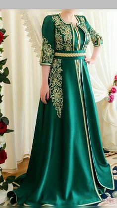 Somaiya Daud's media statistics and analytics Morrocan Dress, Moroccan Caftan, Caftan Dress, Oriental Fashion, Maxi Dress With Sleeves, Feminine Style, Polyvore Outfits, Traditional Dresses, Jumpsuits For Women