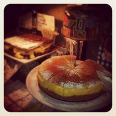 New York Cheesecake & 50/50 Millefoglie {a thousand layers} with custard and chocolate cream!