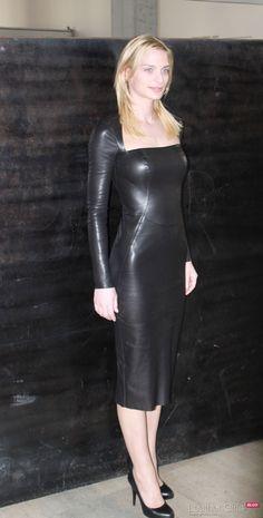 New Genuine soft Lambskin Leather Women Designer party wear Women's Dress Leather Midi Dress, Black Leather Dresses, Leather And Lace, Leather Fabric, Mode Latex, Dress Skirt, Bodycon Dress, Hobble Skirt, Leder Outfits