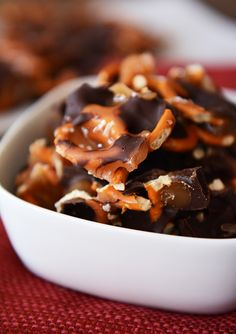 Dark Chocolate Sea Salt Caramel Pretzel Bark {Snappers Knock Off} | Mel's Kitchen Cafe