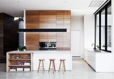 What we wouldn't give to wake up to breakfast in this sleek Melbourne kitchen by Robson Rak Architects. Apparently, we're not the only ones—the house was shortlisted for the Australian...