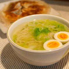 パリパリ羽根付き餃子も一緒にいただきます(ㆁᴗㆁ✿) - 24件のもぐもぐ - 柚子塩ラーメン by sera