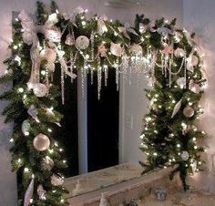 Changing Seasons: Easy Winter Holiday Bathroom Decor from Bathroom Bliss by Rotator Rod