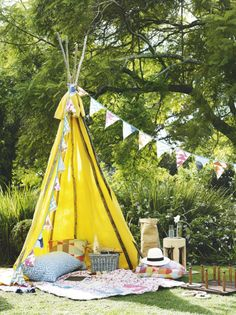 The ultimate form of summer lux, your own fabric teepee to entertain from. Clash your fabrics and colours for a relaxed feel. Image : Livingetc
