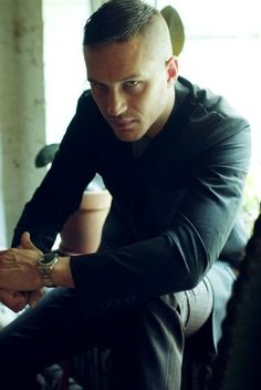 Tom Hardy...oh yes