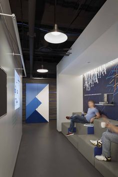 12510 j ValueClicks Open and Flexible Chicago Offices