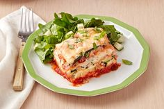Surprise the whole table with our Slow-Cooker Zucchini Lasagna. Our Slow-Cooker Zucchini Lasagna is a delicious twist on a classic family favorite. -- zucchini, ricotta, Parmesan, sauce for hours in crockpot! Slow Cooker Recipes, Crockpot Recipes, Healthy Recipes, Keto Recipes, Healthy Food, Yummy Food, Kraft Recipes, Potluck Recipes, Pasta Recipes