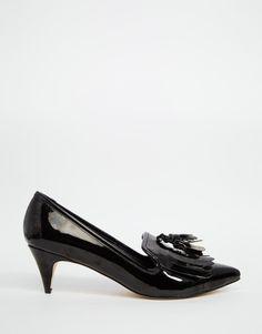 Μοκασίνια με kitten heel