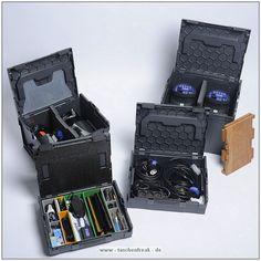 SORTIMO - L-BOXXnnFoto und Text von User Thomas aka TimeLiner - VIELEN DANK!nnKommentar:nnHallo Jörg,nnhier mal ein paar Bilder von den Sortimo L-Boxx'n sind zwar keine original Fototaschen aber ich denke sehr gut geeignet für Ausrüstung und deren sicheren Transport.nnWas im Moment noch fehlt sind die Facheinteilungen, da muß ich mal schauen ob es was original gibt oder ob ich selber basteln mußnnWeitere Infos zu den Boxen unter www.L-Boxx.dennGruß nnThomas aka TimeLinernnw...