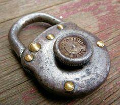 Vintage Numberless Padlock, JB Miller Keyless Lock Co, Antique Under Lock And Key, Key Lock, Vintage Door Knobs, Vintage Keys, Knobs And Knockers, Knobs And Handles, Keyless Locks, Cool Lock, Safe Lock