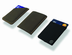 No matter what your style, keeping your wallet tidy and secure is a priority. Modern Carry Super Slim Wallets has a solution for any wallet need.