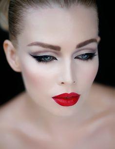 ¡Apuesta por el maquillaje vintage!