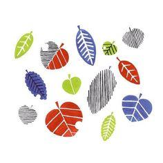 秋散歩2 これはイメージだけで描いた落葉で 実際の落ち葉に黄緑はありませんでした 葉の形ももっと個性的だった #紅葉 #落ち葉  #イラスト #illustration #模様 #pattern