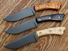 Steel:High Carbon O1 Tool Steel  Finish:Blackout  Handle:Dyed Curly Maple  Overall Length:10.5 inches  Blade Length:5.5 inches  Sheath: Leather Bushcraft w/Ferro Rod