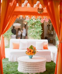 Getting married outdoors? Rather than having one big tent for your entire wedding reception, create a design with multiple open-sided tents for a gorgeous and trendy look!