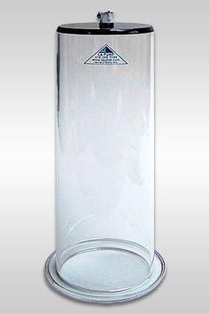 LAPD Oversize Cockcylinder, un développeur de pénis aux dimensions hors-normes (dix centimètre de diamètre pour trente centimètre de longueur) pour ceux qui souhaitent accroître significativement la longueur de leur pénis