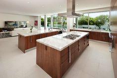 Casa moderna e exuberante – conheça!