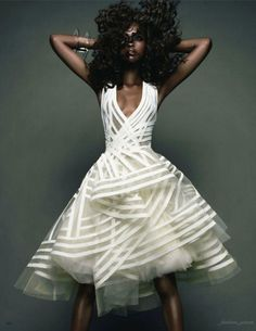 Gorgeous dress from the Vogue Japan November 2011. Featuring model Nyasha Matohondze.