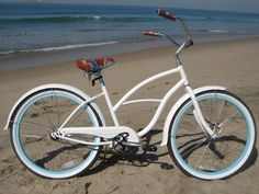 "sixthreezero Womens' BE Single Speed, White w/ Blue - 26"" Women's Beach Cruiser Bike"