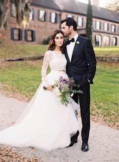 Lace manga comprida e tule vestido de noiva saia
