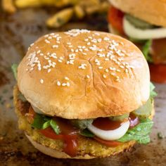 Feta Stuffed Quinoa Burgers are gluten free, deliciously filling and addictive for the whole family!