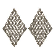 Perfect your formal looks with the Dia Chandelier Earrings from Theia. In a drop style, they come in a large diamond shape with a glistening crystal pavé throughout, composed of tiny faceted stones. Finished with a simple push-back fastening, theyre the ideal choice for a chic finishing touch to your formal attire.